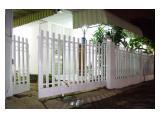 Rumah disewakan di daerah Mampang (Jl. Tegal Parang Selatan)
