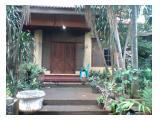 Rumah Lux Disewakan Jangka Panjang di Depok - 8+1 Kamar Tidur, 2 Lantai