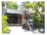 Dikontrakkan rumah di Perumahan Deltasari Baru, dekat Bundaran Waru, 5 Kamar Tidur 175 LB/225 LT