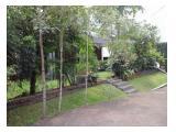 Disewakan Rumah Tinggal di Kemang lengkap dengan taman hijau dan kolam renang