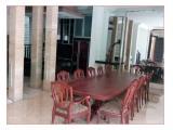 Disewakan Rumah Mewah 3 Tingkat with Basement, 5 Kamar Tidur di Puri Mutiara, Cipete, Jaksel