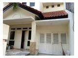 Disewakan rumah Di Graha Family Surabaya 3KT+1 lokasi strategis siap huni murah