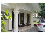 Disewakan Rumah Asri Harga Asik, with pool di Mampang, Jakarta Selatan