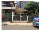 Disewakan MURAH Rumah di Jl. Kemiri - Menteng, Lokasi Super Strategis Cocok untuk Kantor dan Hunian