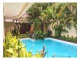 Disewakan Rumah di Jalan Dharmawangsa Raya dengan fasilitas kolam renang yang bagus