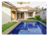Disewakan Rumah di Pasar Minggu dengan 4 kamar tidur kondisi un furnished Private Swimming Pool
