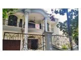 Disewakan Rumah Besar Bisa Untuk Kantor di Tulodong dekat dengan SCBD kondisi Un Furnished