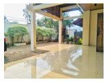 Disewakan Rumah Besar Konsep Klasik di Cilandak Timur Kondisi Un Furnished & Prifate pool!