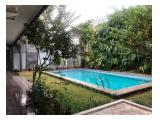 Disewakan Rumah di Kemang Utara, Jakarta Selatan - 4 Kamar Tidur